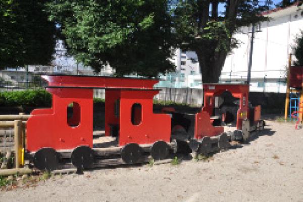 SL機関車舎